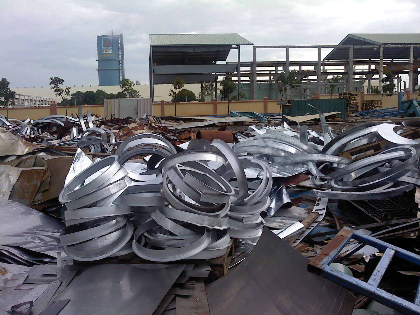 Thu mua phế liệu sắt thép gang nhôm inox bản kẽm Quận 11 giá cao TP. HCM